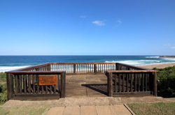 Whalesdeck Umtentweni South Coast KZN-Whale viewing platform