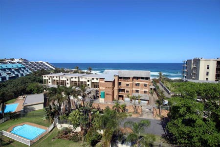 Mont Blanc 11 - Manaba Beach - Sleeps 6 guests